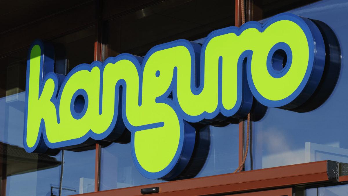 Insegna del supermercato kanguro di Santa Giustina